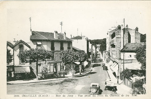 Rue de Jouy - quartier de la gare du RER